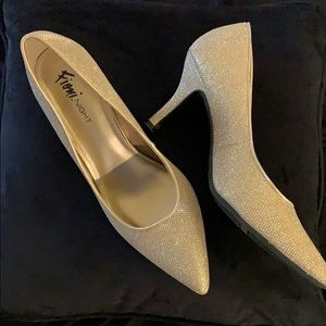 Gold Sparkle Fiona Pumps Size 10